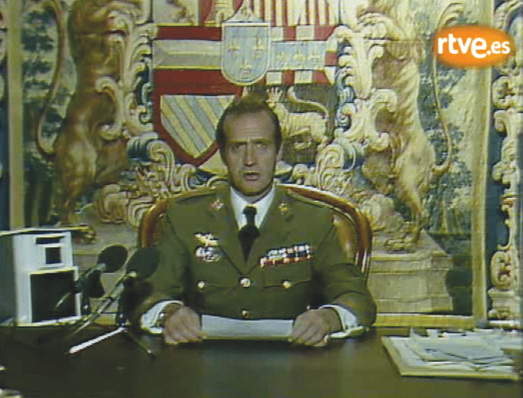 Juan Carlos condemns the coup attempt on live television