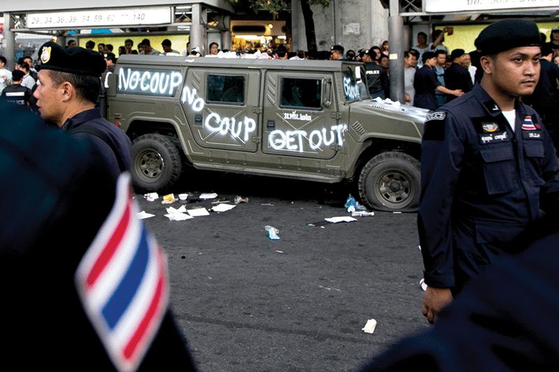 Thai_coup_2014_abr019