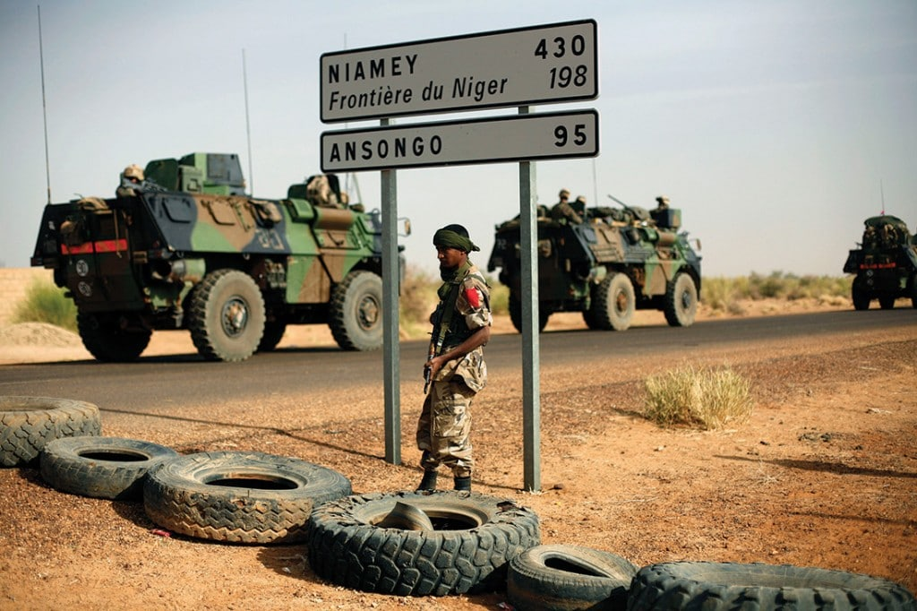 French armoured vehicles heading towards the Niger border on 6th February 2013. Photo: Jerome Delay/AP/Press Association Images