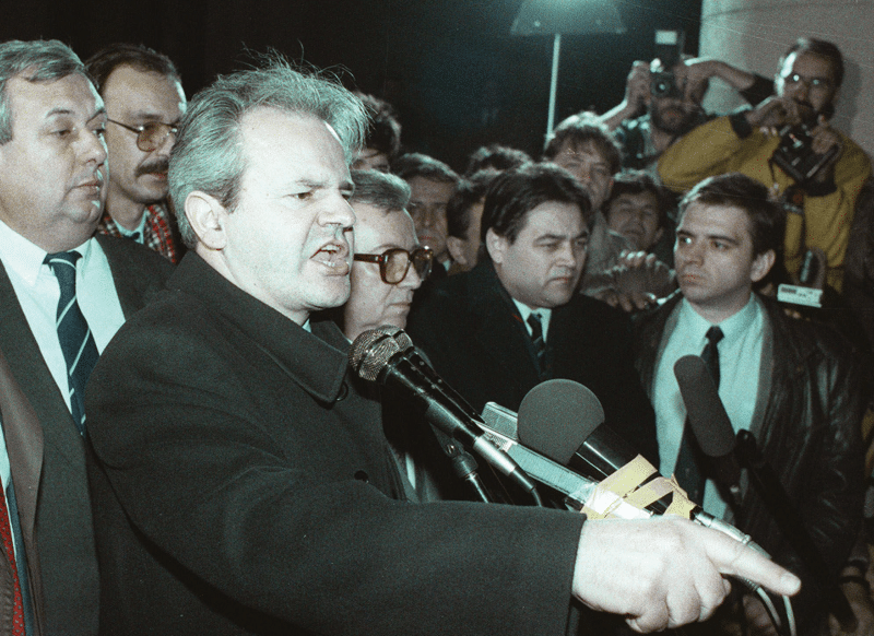 Serbian president Slobodan Miloševic speaks in Belgrade, February 1989.  Photo: Martin Cleaver / AP / PA Images
